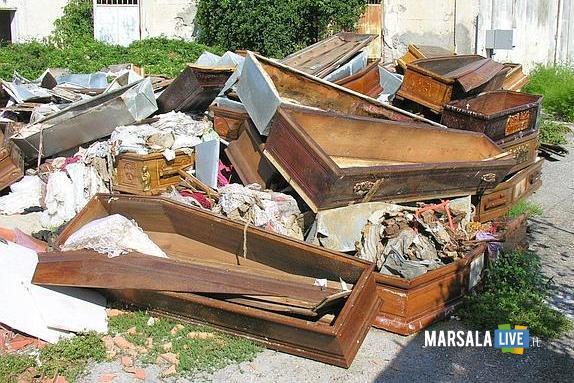Discarica cimitero di Pagani - Da: rosacoppola