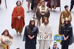 Confraternita Sant'Anna processione giovedì marsalalive