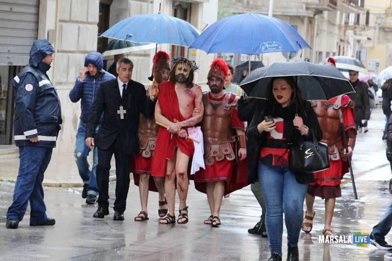 Tommaso Lombardo ritira la sacra rappresentazione del giovedì santo marsala live