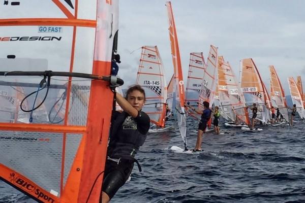 foto squadra windsurf canottieri