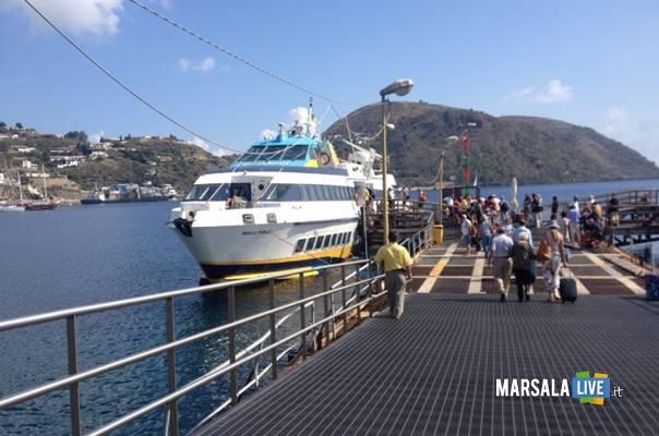 Ustica-Lines-Isole-Egadi-Giuseppe-Pagoto