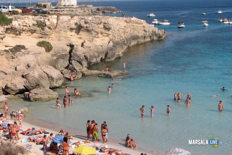Favignana_spiaggia-costa