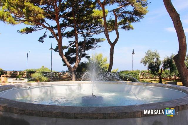 Marsala-Villa-Cavallotti-fontana