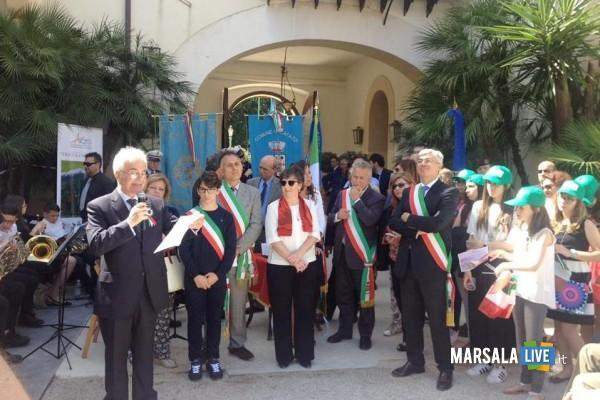 bandiera-del-Tricolore-vivo-Istituto-comprensivo-Pirandello-S-Giovanni-Bosco