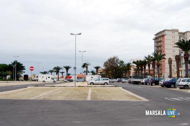 parcheggio-al-salato-marsala-monumento-ai-mille