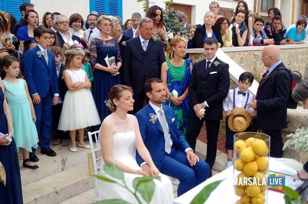 scenario-da-sogno-a-Marettimo-per-il-matrimonio-di-due-romani
