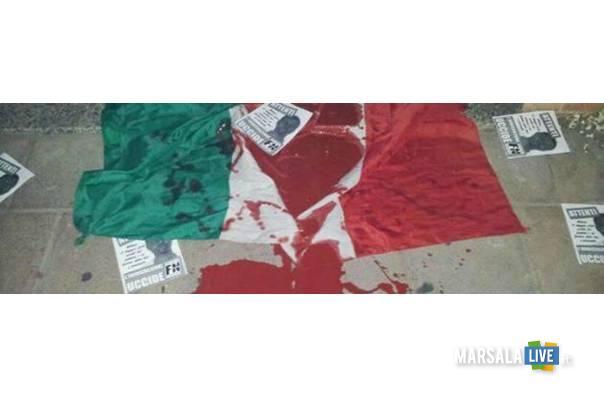bandiera-italia-dacca-massacro