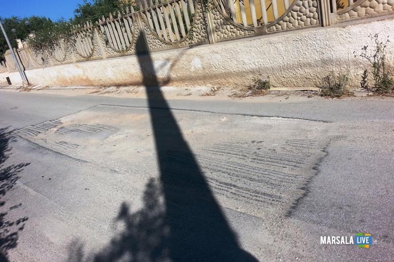 buche-strada-contrada-dammusello-marsala