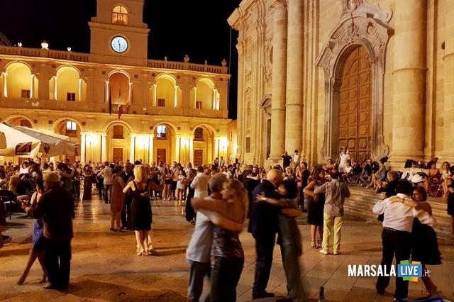 tango-piazza-della-repubblica-marsala