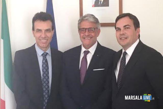 ambasciatore-giuseppe-perrone_-pres-distretto-giovanni-tumbiolo_-sottosegretario-esteri-on-vincenzo-amendola