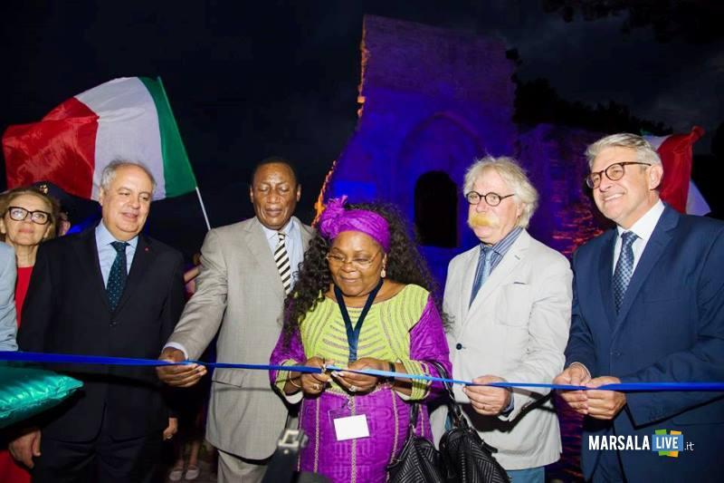 inaugurazione-blue-sea-land-amb-abouyoub_amb-dekamo_amb-obono-ndong_-sindaco-nicola-cristaldi_-pres-distretto-giovanni-tumbiolo