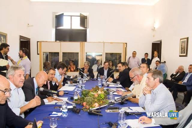 riunione-plenaria-osservatorio-della-pesca-del-mediterraneo-al-centro-assessore-marziano-e-sottosegretario-amendola