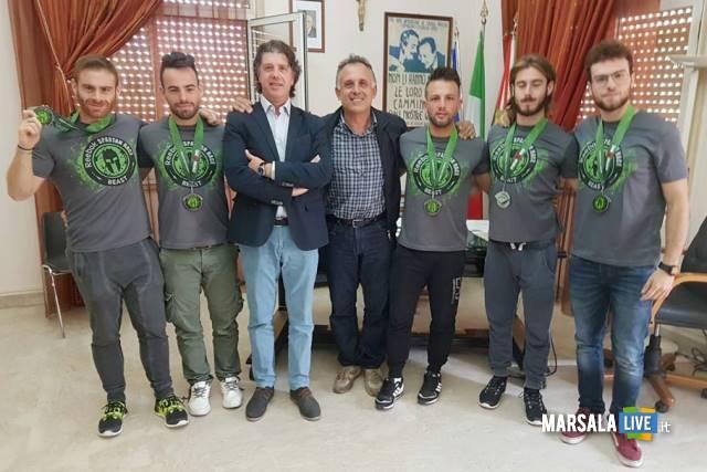 sindacocastiglioneassessoredilluvio-e-gli-atleti-del-team-evolve-di-campobello