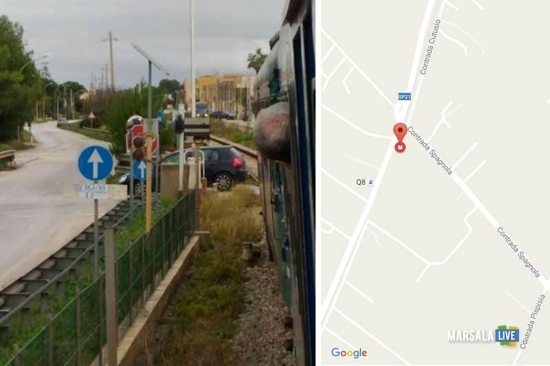 marsala-davide-treno-bloccato-per-passaggio-a-livello-aperto
