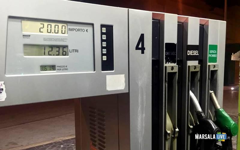 marsala-fabrizio-prezzi-esposti-distributore-di-carburante-1