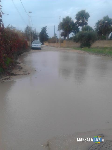 strada-contrada-san-silvestro-marsala-buche-piscina