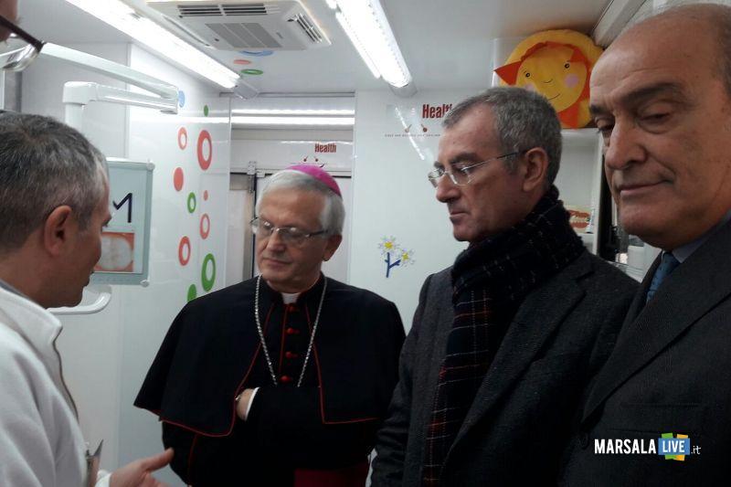 vescovo-procuratore-direttore-sanitario-su-camper-asp