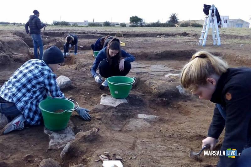 Studenti-Liceo-Classico-Marsala-al Parco-Archeologico-di-Marsala