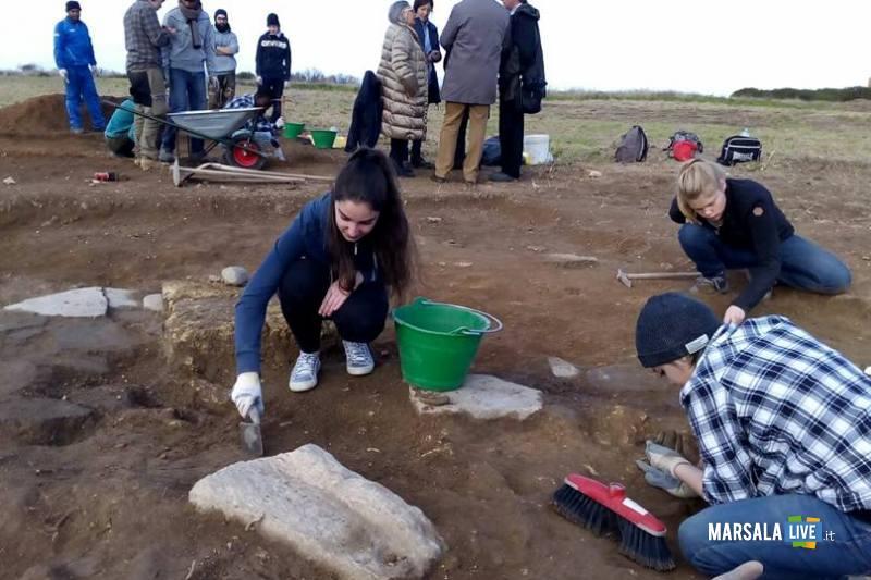 Studenti-Liceo-Classico-Marsala-al Parco-Archeologico