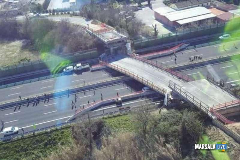 Crollo-cavalcavia-autostrada-A14-Camerano-Ancona (1)