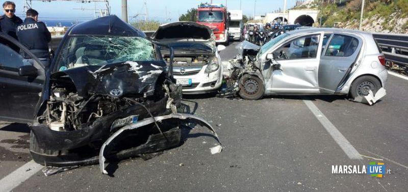 Incidente-sulla-Palermo-Mazara-a29-tra-Capaci-e-Carini-