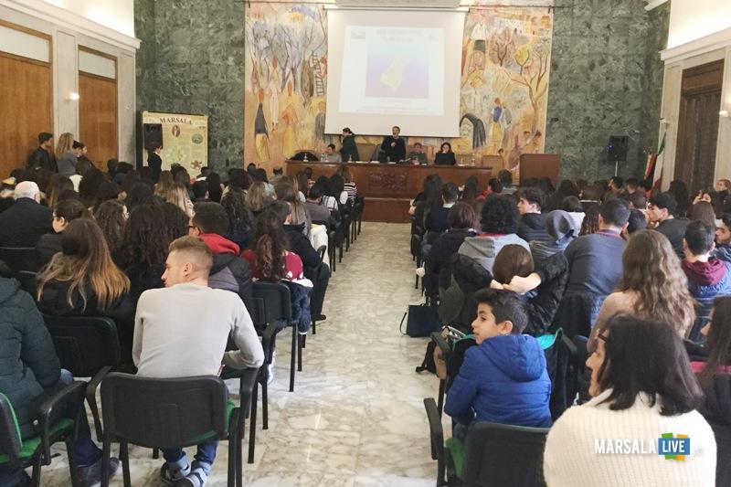 Incontro-con-autore-Abele-Damiani-Marsala-Lacrime-di-sale-Bartolo-Tilotta (4)