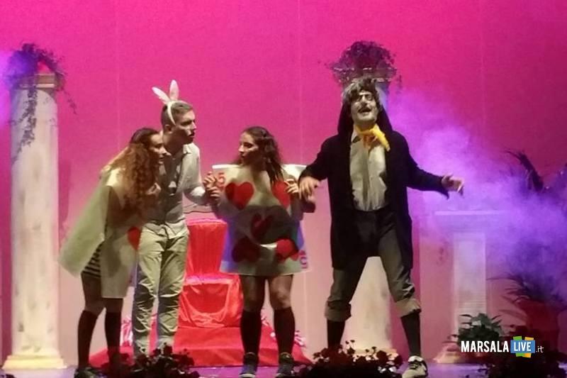 Marsala-Alice-nel Paese-delle-Meraviglie-The-Peter-Pan-Group-Teatro-Impero (9)