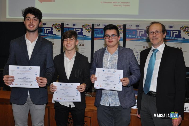 I-giovani-e-le-scienze-studenti-del-Liceo-Classico-Marsala