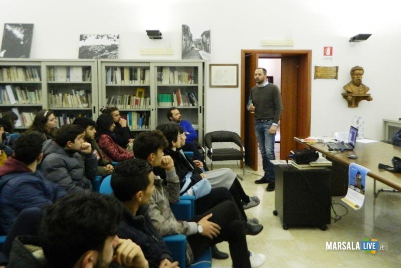 incontro con Alessandro Cacciato