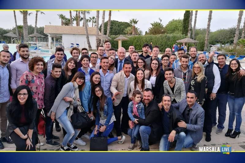 cento-giovani-per-100-idee-vincenzo-d-alberti-sindaco-petrosino-baglio-basile-