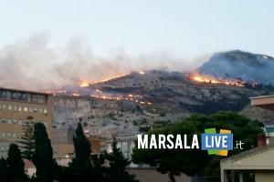 incendio monte erice 9 squadre operative
