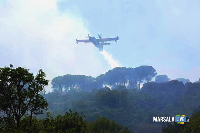 Incendio riserva naturale dello zingaro
