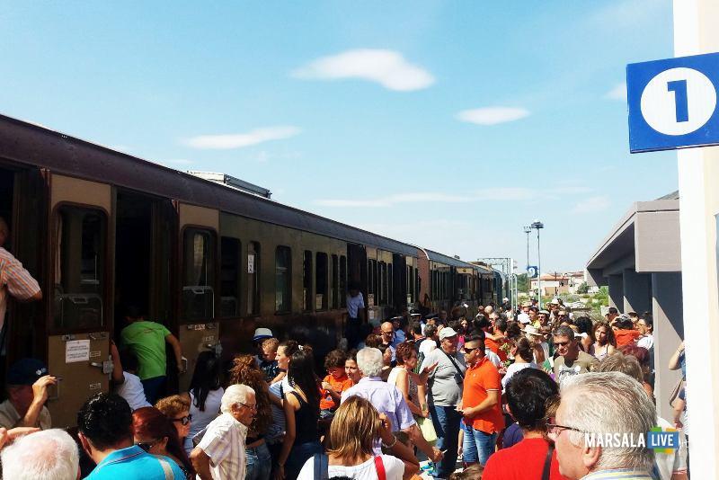 Treni Storici di Fondazione FS Italiane in Sicilia-