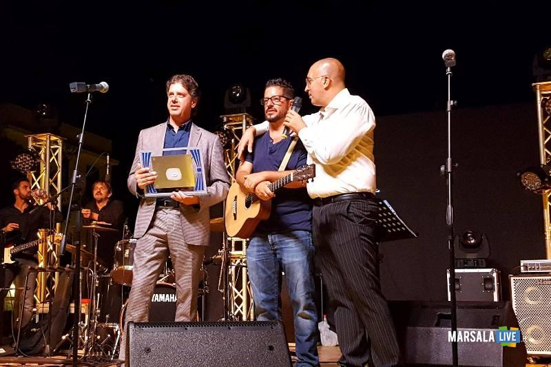 GiuseppeCastiglionepepepAnastasiGianvitoGreco_consegna premio 23.08.2017