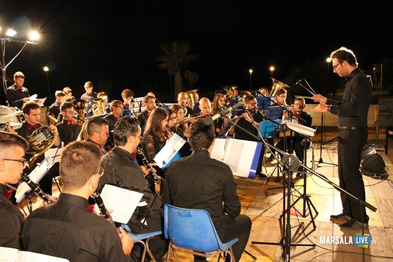 Monumento-ai-Mille-Marsala-Corpo-Bandistico-Istituzione-Musicale-Città-di-Noto (1)