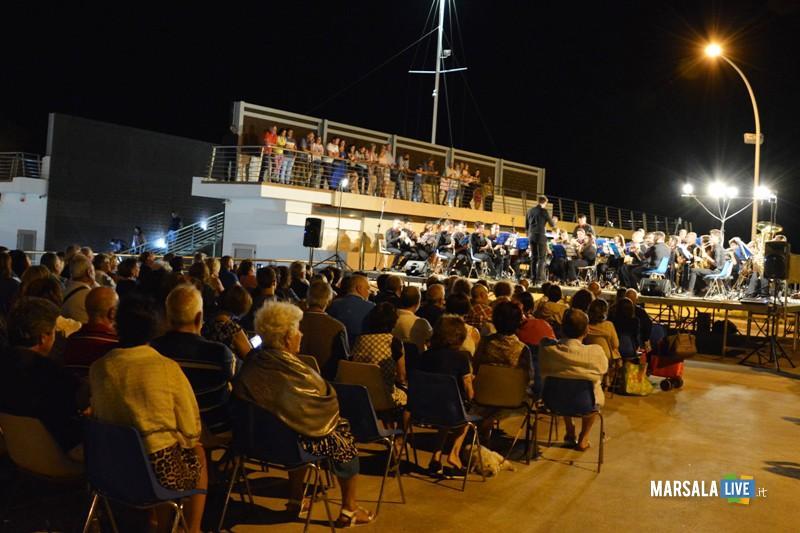 Monumento-ai-Mille-Marsala-Corpo-Bandistico-Istituzione-Musicale-Città-di-Noto (2)