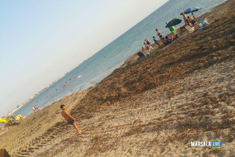 Pulizia spiagge libere a Marsala