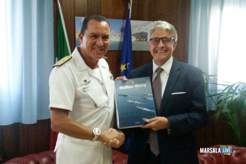 Da sx Ammiraglio Nicola De Felice_Pres Distretto Giovanni Tumbiolo