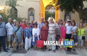 Favignana, delegazione di 32 isolani naturalizzati francesi