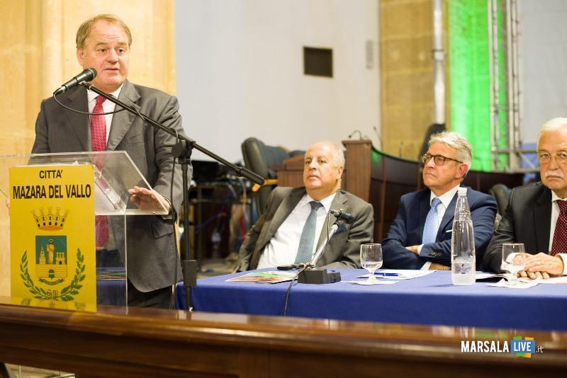 L'intervento dell'Assessore Antonello Cracolici nel convegno inaugurale di BLue Sea land