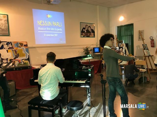 Liceo Rosina Salvo Trapani-Nessun parli (10)