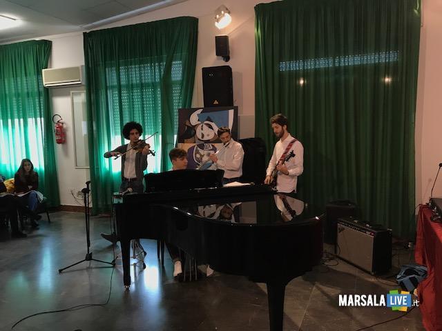 Liceo Rosina Salvo Trapani-Nessun parli (2)