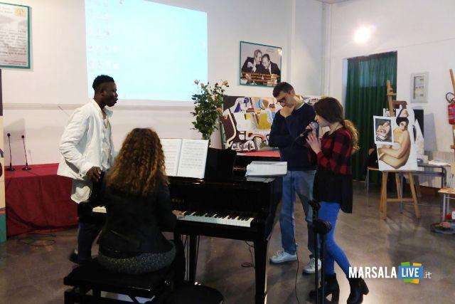 Liceo Rosina Salvo Trapani-Nessun parli (7)