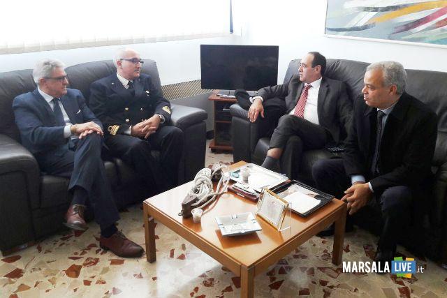 Da sx Tumbiolo_Com Capitaneria Mazara Maurizio Ricevuto_Sottosegretario tunisia Abdallah Rabhi_Dirett Rida Mrabet