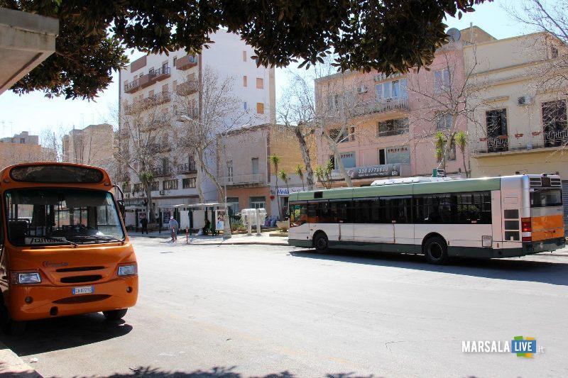 autobus-corriera-di-linea-marsala