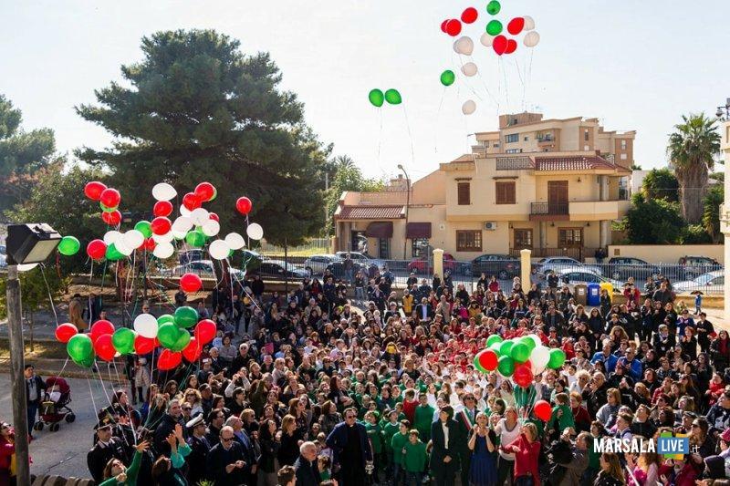 inaugurazione plesso s. giovanni bosco_volo palloncini