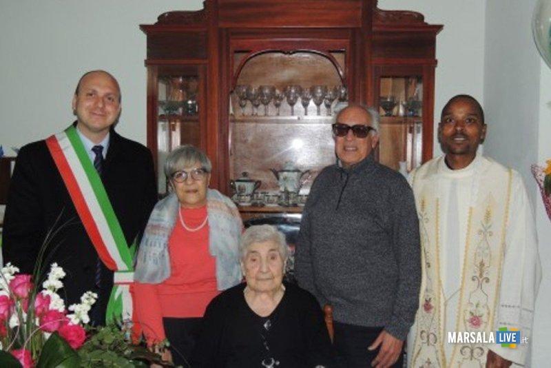 Antonina Salsiccia-100-anni (2)