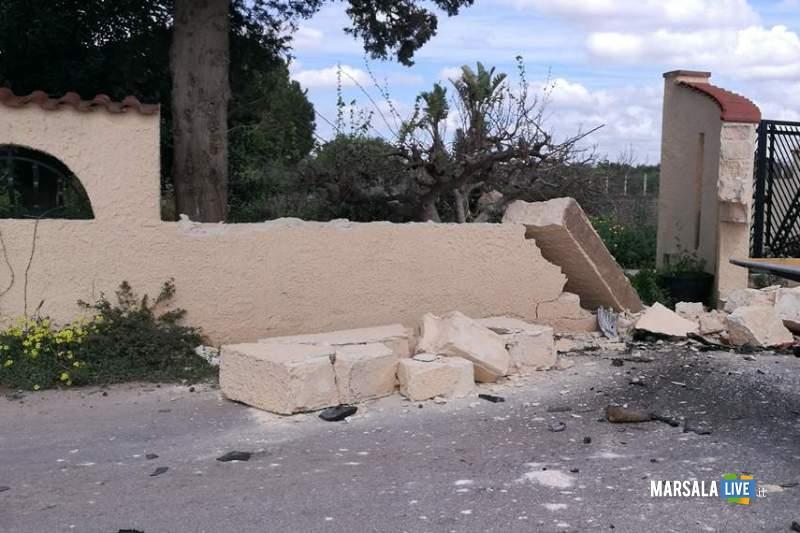 Marsala incidente contrada Ventrischi auto contro un muro (6)
