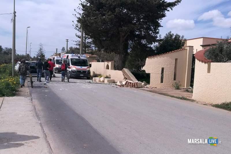 Marsala incidente contrada Ventrischi auto contro un muro (7)