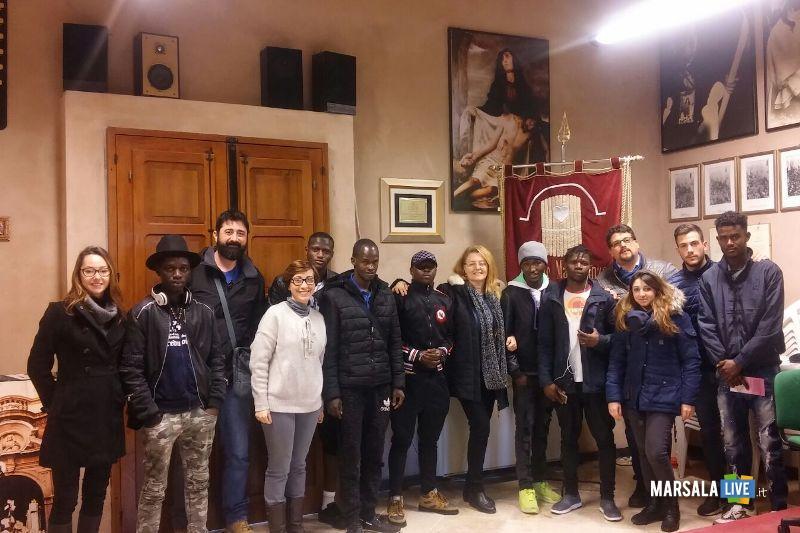 Misteri migranti in visita alla Chiesa del Purgatorio (2)